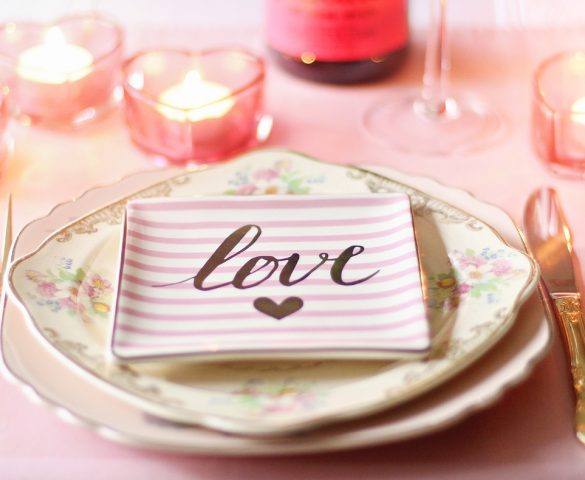 Romantic Valentines Day Table Setting